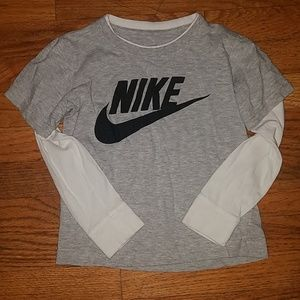 Boys nike long sleeve shirt